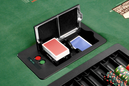 Professional poker shuffle machine for poker clubs