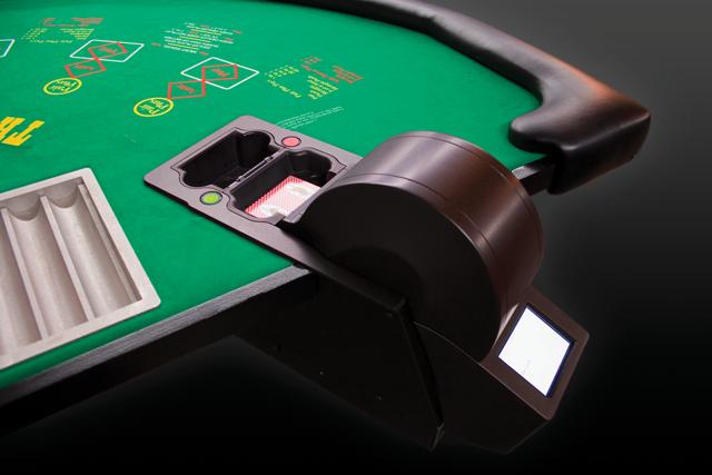 table shuffler machine